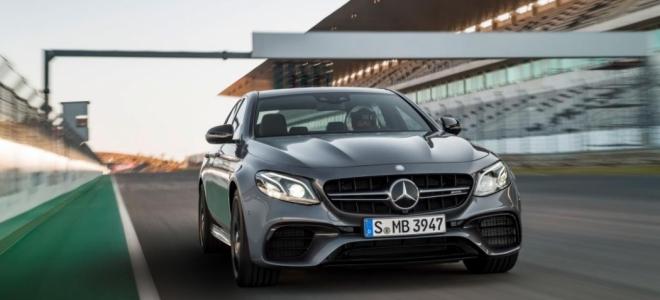 Lanzamiento. Mercedes-Benz ofrece el deportivo AMG E63 S MATIC, con motor naftero V8 biturbo de 4,0 litros y 612 caballos de fuerza