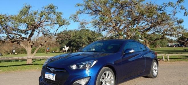Hyundai Genesis Coupé, a prueba. Un deportivo puro, que despierta buenas sensaciones de confort, seguridad y dinamismo