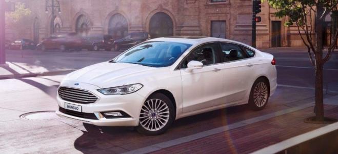 Lanzamiento. Ford ofrece en nuestro mercado el rediseño del nuevo Mondeo, el sedan con motor de 240 caballos