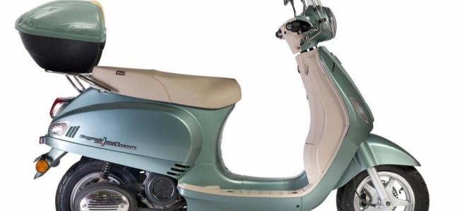 Motos. Corven presenta en nuestro mercado el scooter Expert Milano, con motor de 7,1 CV de potencia