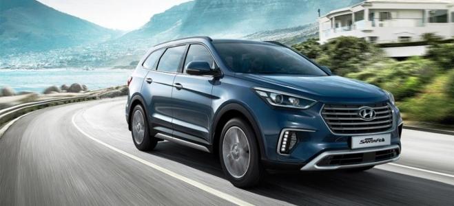 Lanzamiento. Hyundai presenta la nueva versión naftera de la SUV Grand Santa Fe, con motor que entrega 270 caballos