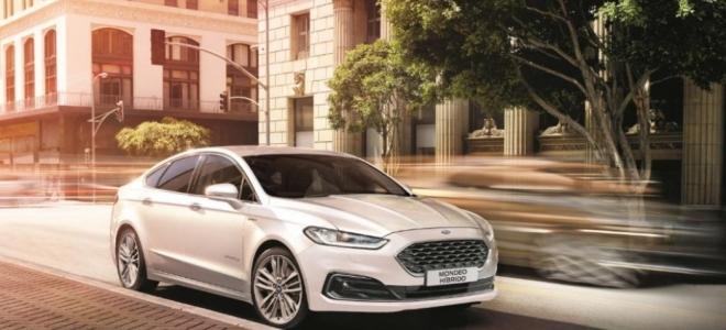 Lanzamiento. Ford presenta en la Argentina el Mondeo Vignale Híbrido, con motor naftero y 140 CV y un eléctrico de 120 caballos