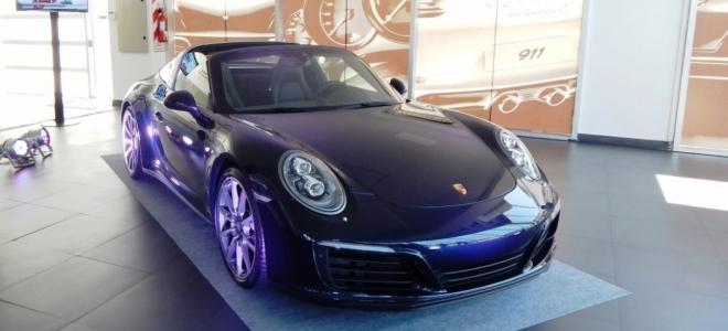 Lanzamiento. Porsche presenta en nuestro la nueva generación de 911 Targa, el deportivo con motor de 420 CV. Mirá el Video