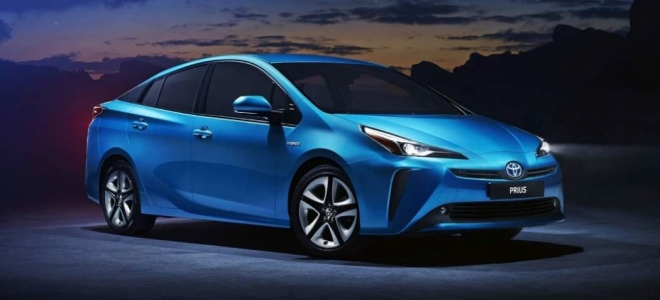 Lanzamiento. Toyota presenta la renovación de la cuarta generación del vehículo híbrido Prius en nuestro mercado