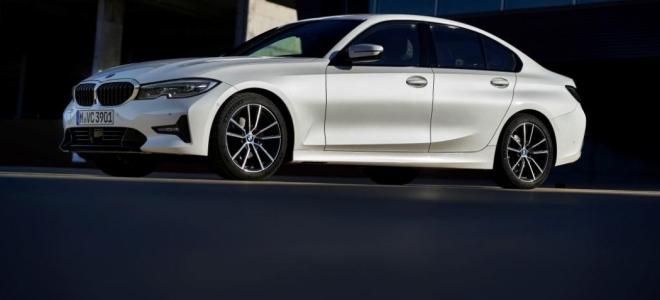 Lanzamiento. BMW 320i SportLine