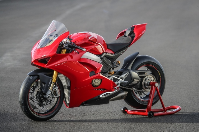 Ducati PANIGALE V4 perf
