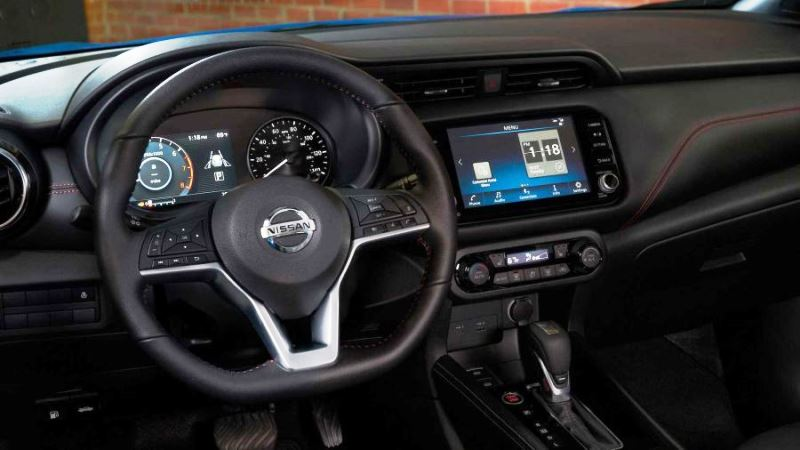 Nissan Kicks21int det